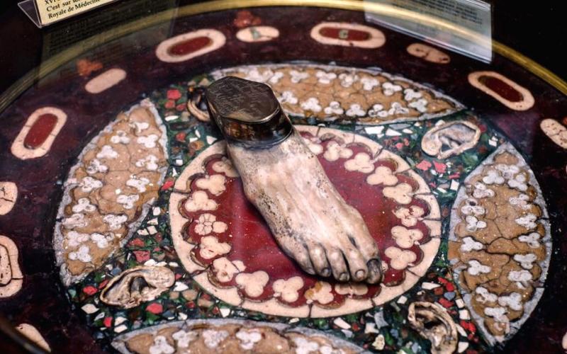 Tavolino pietrificato
